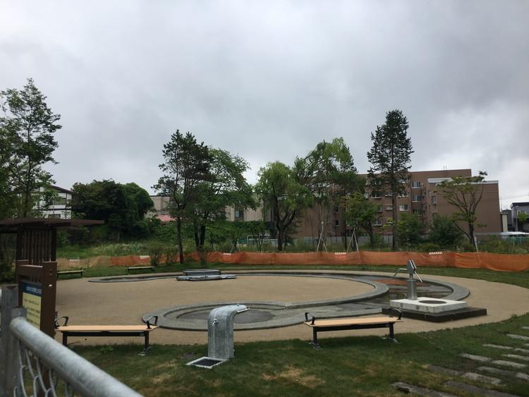 月寒公園水遊び場